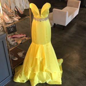 Rachel Allan Yellow Mermaid Prom Pageant Gown